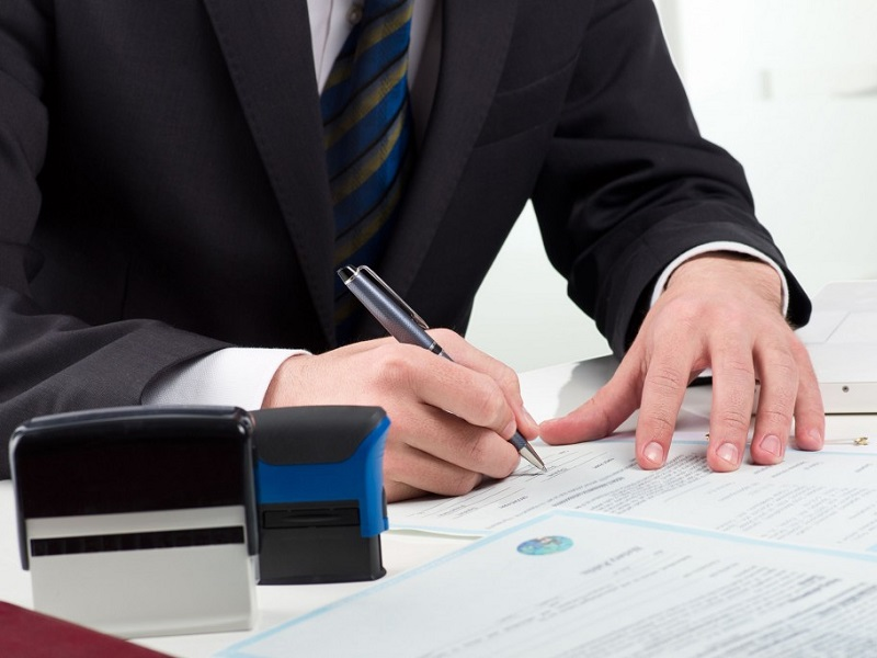 Как получить исполнительную надпись о взыскании задолженности по некоторым видам договоров?