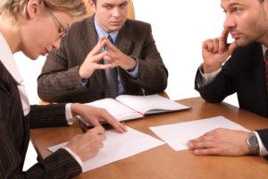 составление договора строительного подряда юристом