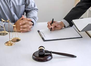 Юридическая консультация по вопросам реорганизации юридических лиц